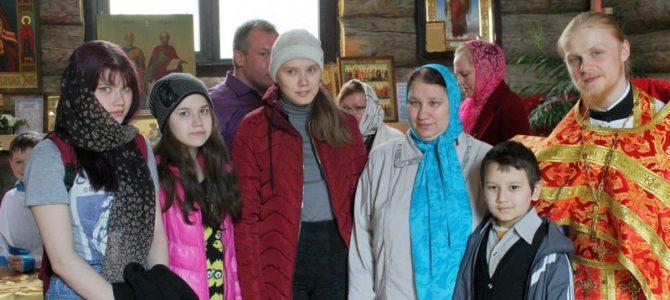 Пасхальные подарки получили многодетные семьи Березниковского благочиния